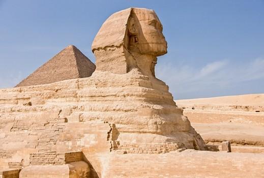 سياحة مصر تنفي وقف حملاتها