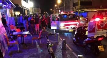 يافا -تل ابيب: اصابة شخصين بجراح خطيرة