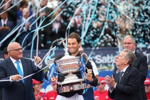 نادال يحصد لقب بطولة برشلونة المفتوحة للتنس