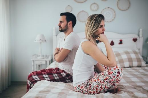 كيف تتعاملين مع زوجك متقلّب المزاج؟