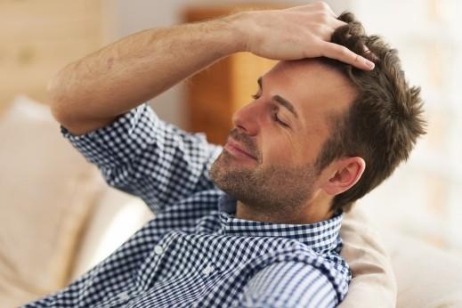 هل حلاقة الشعر تؤدي لزيادة سماكته؟
