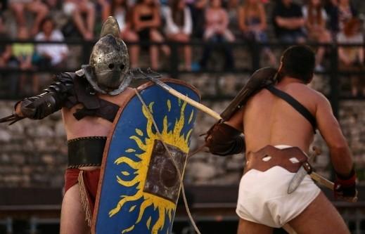بولا الكرواتية تستذكر العصور القديمة