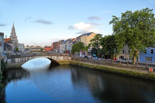 كورك الإيرلندية .. سحر الريف وحيوية المدن الكبرى