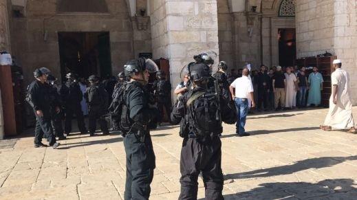 مصادر: إعتقال بريطاني وألماني بشبهة مهاجمة الشرطة