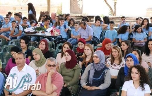 مجد الكروم: تخريج اعدادية محمود درويش
