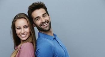 لماذا ينجذب الرجال إلى المرأة القصيرة؟
