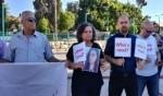 الرملة: وقفة احتجاجية امام مركز الشرطة
