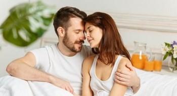 الرجال يفضلون العلاقة الحميمة الصباحية