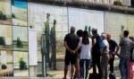 جدار بلوحات فنيّة يجذّب السيّاح في برلين