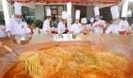 كيف تعدّ مطاعم الصين النودلز؟