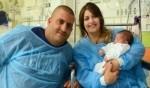 إنقاذ أم وطفلتها من حيفا بعد اصابتها بجروح خطيرة