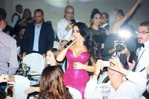 ليال عبود تسحر العيون في ليلة عمر في قبرص