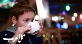 احذري تقديم الشاي والقهوة لطفلكِ