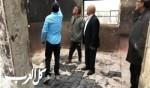 أبو عرار يتفقد بيتا احترق بالكامل في النقب