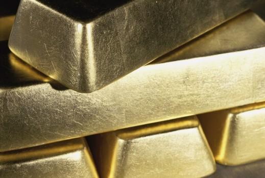 استمرار هبوط أسعار الذهب العالمية