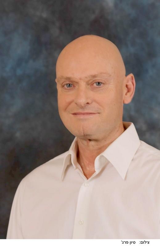 شتراوس:إنجليندر مديرًا عامًا لقسم الحلويّات