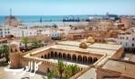 عائدات تونس من السياحة تقفز 23%