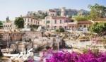 استمتعوا بسحر اليونان في نيسان