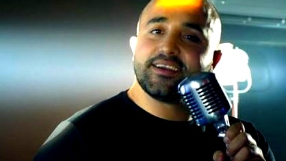 اياد عابد يحقق نجاحًا بأغنية فرحة العمر