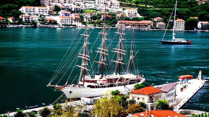 مدينة كوتور.. نجمة الجبل الأسود
