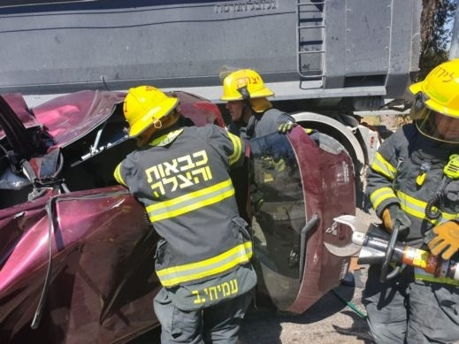 3 إصابات في حادث طرق بمنطقة القدس