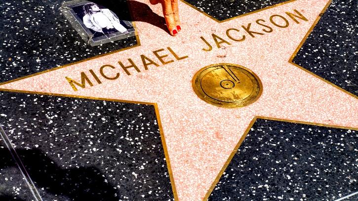 قصّة حياة مايكل جاكسون في فيلم