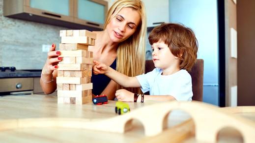عزيزتي الأم: 3 أسس توثّق علاقتك بطفلك