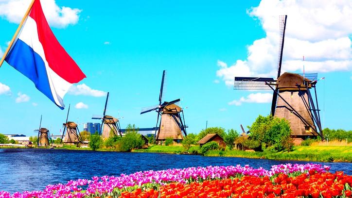 جولة سياحية في أجمل المدن الهولندية