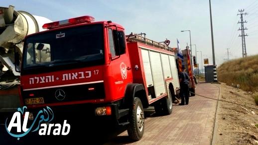 عرب الشبلي: إندلاع حريق بسيارة مركونة في كراج