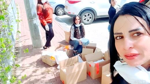 طوبا الزنغرية:توزيع طرود غذائية على نادي الجيل الذهبي