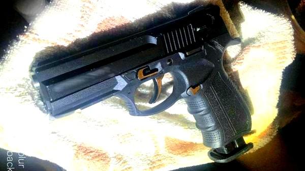ضبط أسلحة وذخيرة في يافا وحولون