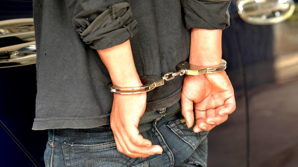 اعتقال مشتبه من جنين بتنفيذ عمل فاضح