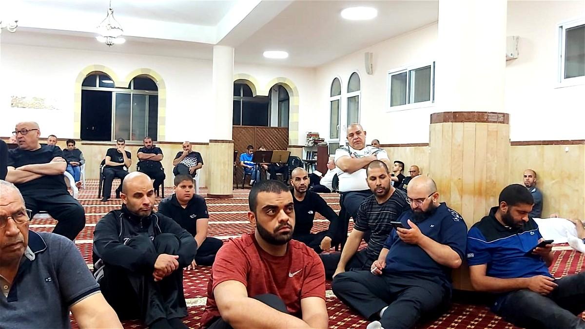 يافا: إحياء ليلة القدر في مسجد العجمي