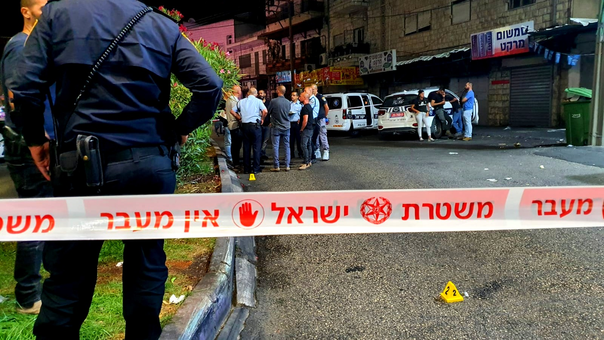 الناصرة: اصابة شاب بجراح خطيرة بعد اطلاق النار
