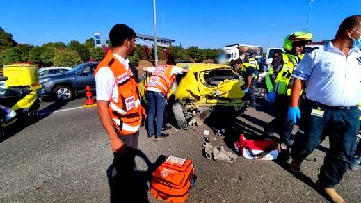 إصابة 5 أشخاص بحادث طرق قرب كفرقاسم