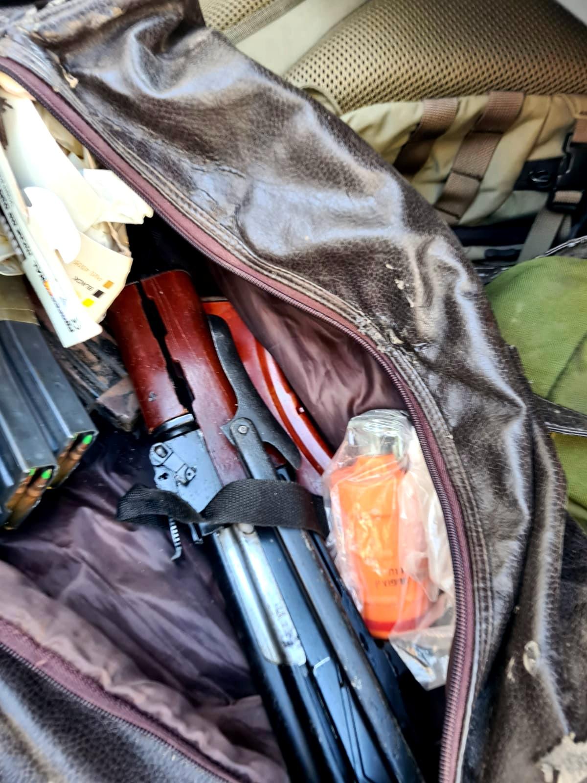 ضبط اسلحة خلال تفتيش
