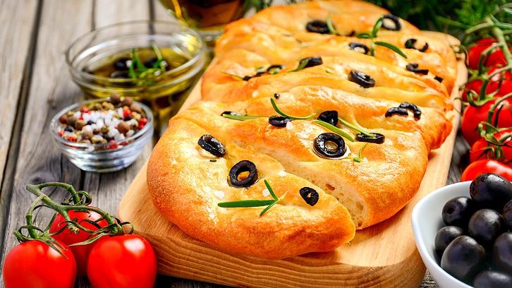 خبز بالزيتون والروزماري