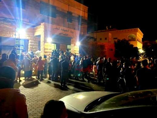 بلدية الطيبة تغلق مركز