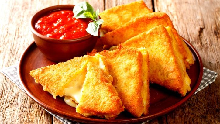 حضّري توست مقلي بالجبنة للفطور