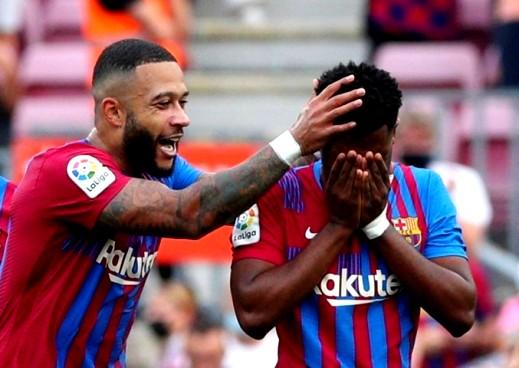برشلونة يستعيد التوازن في