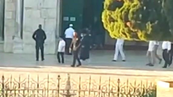 اعتداء على شاب في المسجد الأقصى