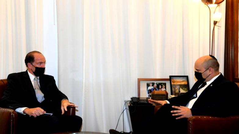 رئيس الوزراء بينيت يلتقي رئيس البنك الدولي