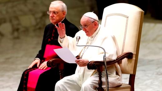 البابا تعقيبًا على الاعتداءات داخل الكنيسة الفرنسية: لحظة عار