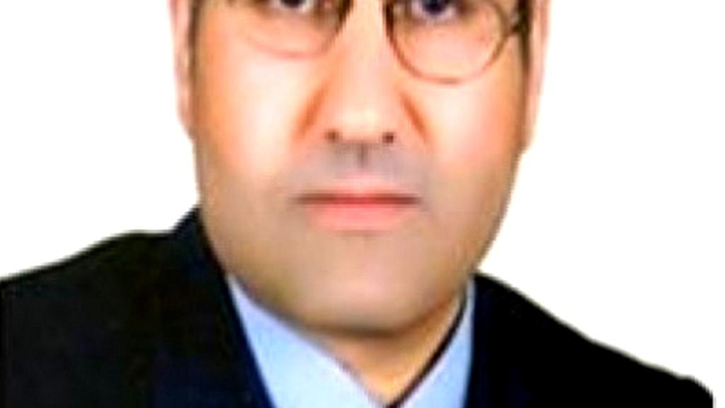 عِشْقُ الحَمائم - أحمد الغرباوي