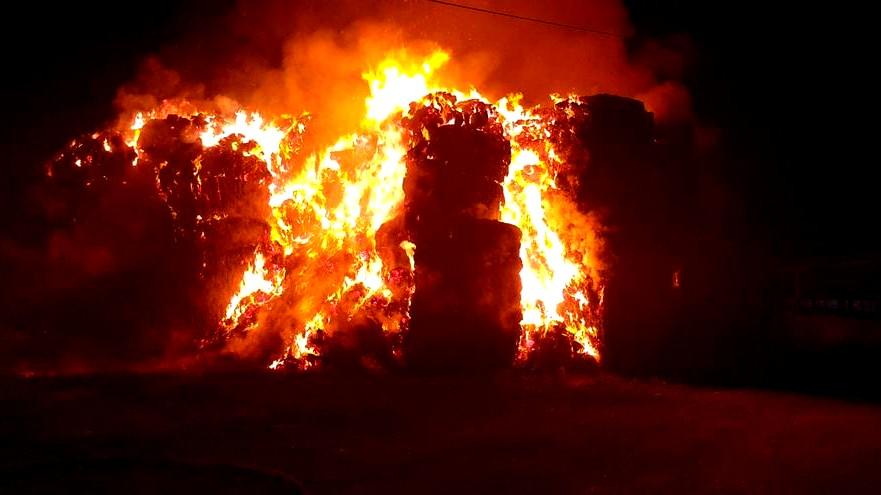 اندلاع حريقين في اكسال وعبلين