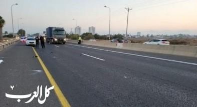 مصرع شاب دهسًا تحت عجلات شاحنة قرب الخضيرة واعتقال سائقها من جسر الزرقاء للتحقيق