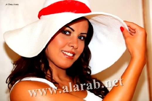 أماني السويسي تخاطب النجم اللبناني الوسيم باسم مغنية وتقول له: سيبها علي