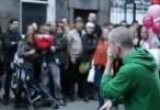 مشاهدة فيديو اجمل فيديو شارع في لندن يتوقف عن الحركة تماما بسبب موهبتة 2012 اون لاين مباشرة بدون تحميل