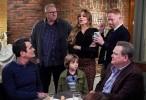 Modern Family 11 الحلقة 14 Spuds مترجمة HD انتاج 2020