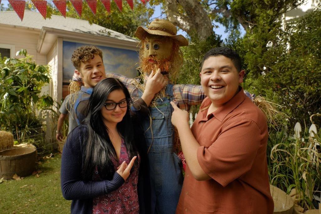 modern family الموسم 8 الحلقة 7 thanksgiving jamboree كاملة مترجمة اونلاين مشاهدة اونلاين